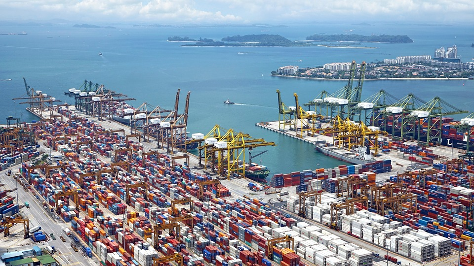 UK freight forwarders give cautious welcome to Government's planned investment in transport infrastructure